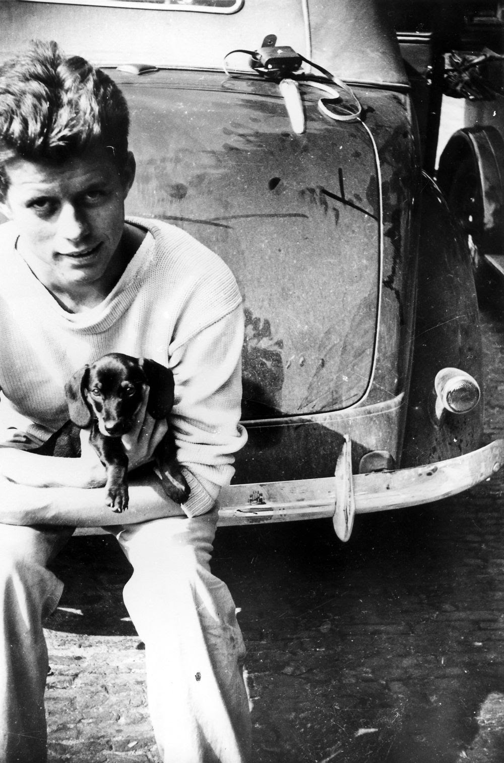 Dunker Dog: Dunker John F Kennedy With His Dog Dunker During His Tour Of Europe In The Summer Of Breed