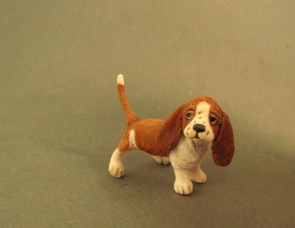Small Greek Domestic Puppies: Small Miniature Basset Hound Puppy Sculpture Breed